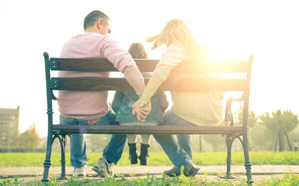 単身赴任は離婚の原因? 溝ができる夫婦の共通点