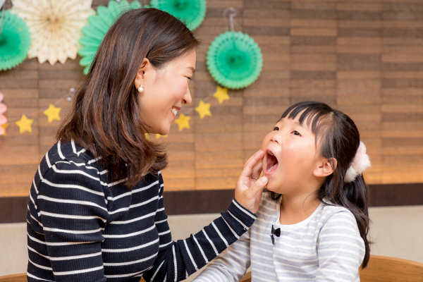記念になること間違いなし! 乳歯が抜けた&永久歯のお誕生日をお祝いしよう