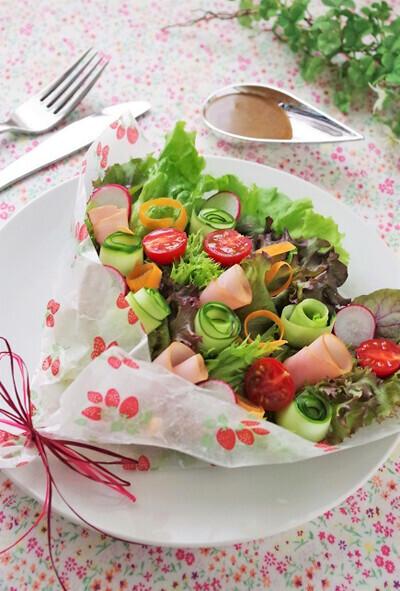 食べられる花束?!   じつは簡単「ブーケサラダ」の作り方