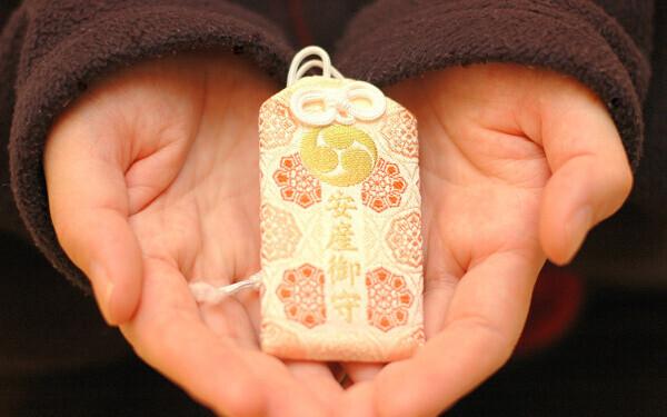 戌の日は安産祈願へ! おすすめ神社8選と知っておきたい参拝ルール