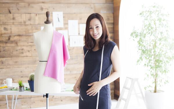 仕事もしたい、出産もしたい! 忙しい業界のママの働き方について考えよう