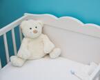新生児に枕って必要?枕のそもそもの役割と使い始めるタイミングとは