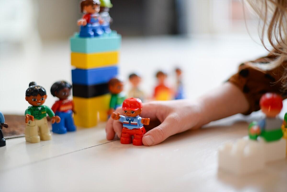 ブロックおもちゃは知育にも最適!選び方のポイントとおすすめ3選