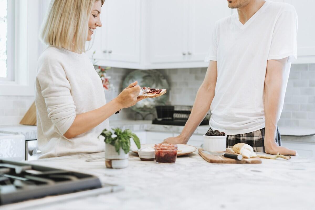 【アイランドキッチンとは】 導入する前に知っておきたいメリット・デメリット
