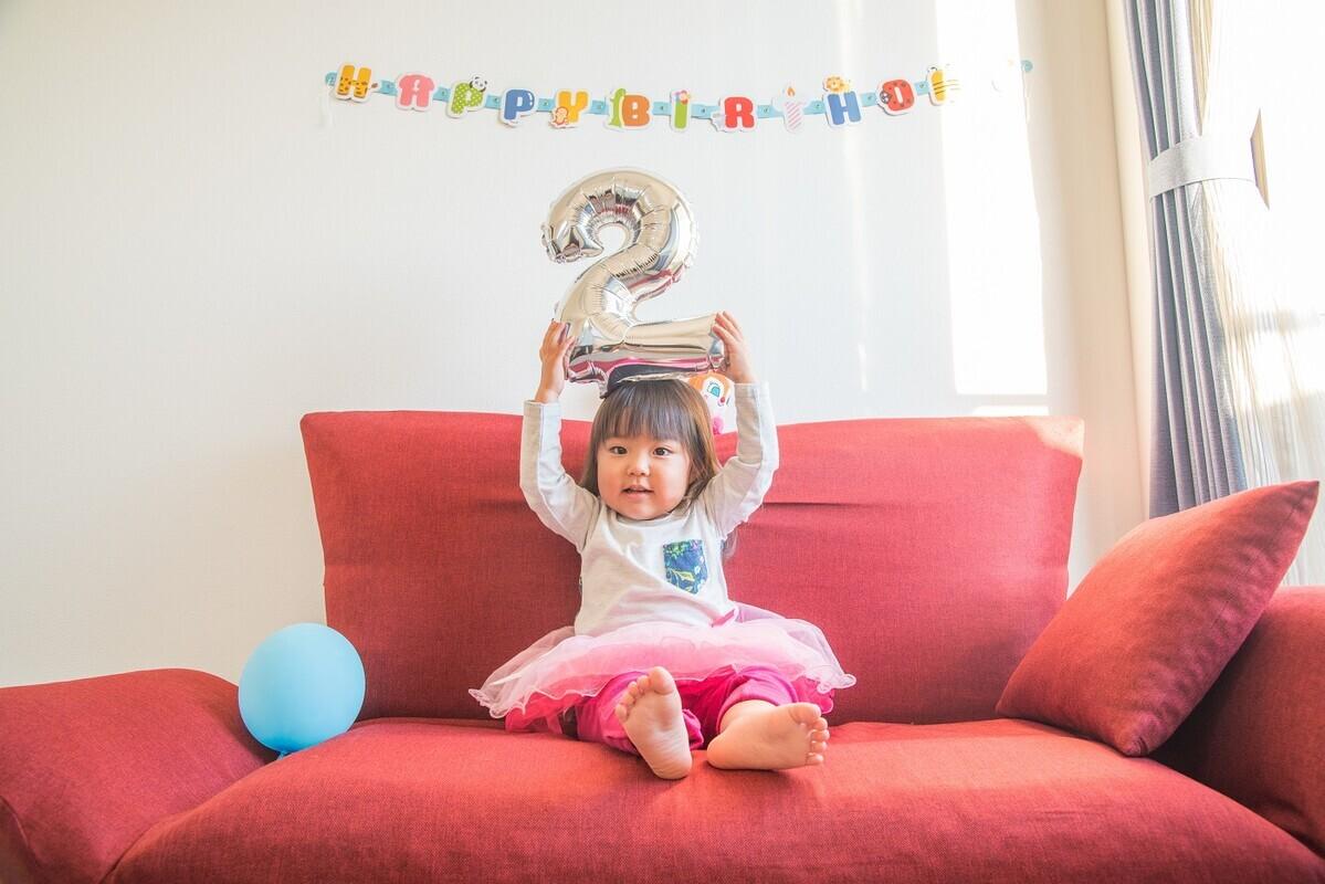 2歳児へのプレゼントは何を選べばよい? 人気のアイテムと選び方を紹介
