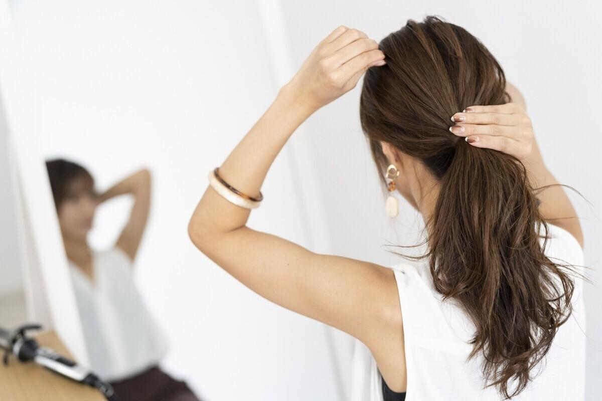 【医師監修】髪の毛のパサパサを治したい! 原因と改善方法とは