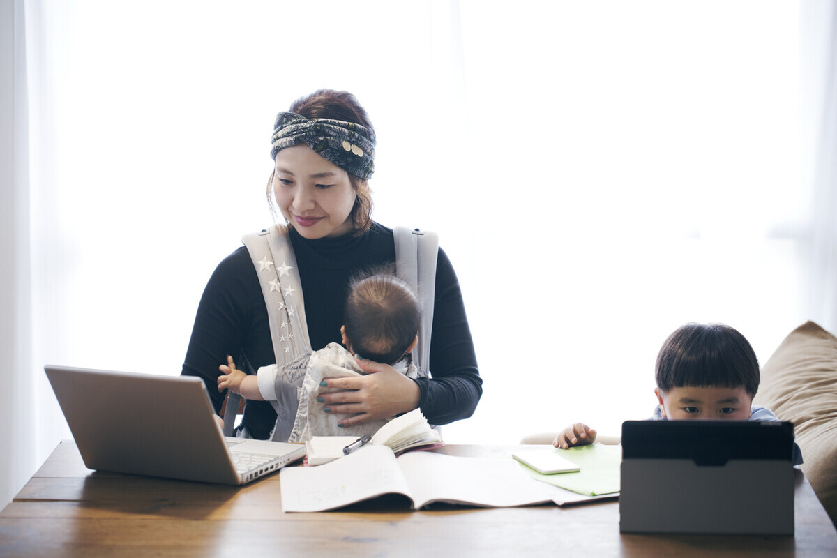 Fammのママ専用Webデザイナー養成講座って?一児のママが体験談をレビュー!