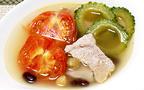 夏の不調の代表、むくみを代謝アップで解消する「ゴーヤとトマトと豆のスープ」