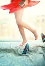 今年もサボサンダルで楽ちんコーデ 脱ぎ履きしやすい!脚長効果も期待できちゃう優れもの♪
