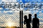 見知らぬ外国人を自宅に泊められますか? 世界難民の日に考える、私たちの寛容度