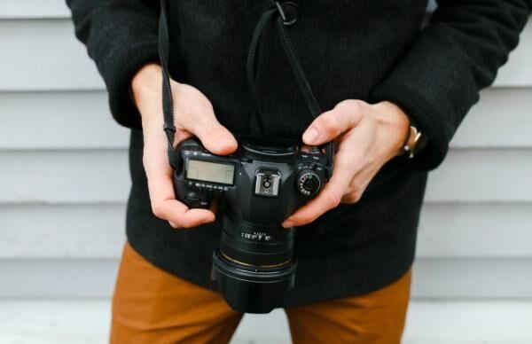 安達祐実のオフィシャルギャラリーにアクセス殺到、自撮りにはない「撮影者=夫」のパンチ力