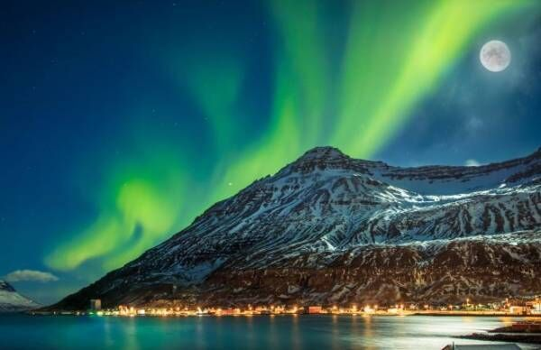 やっぱり一度は見てみたい オーロラバージンならアイスランドへ