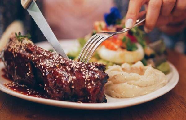食欲の秋、食べすぎにご用心…胃に負担をかけない食べ方【専門医が教える】