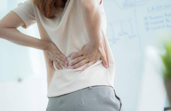 リモートワークの座りっぱなしで腰が痛い…ツボケア4つ【臨床内科専門医が教える】