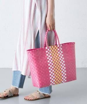 ピンクとオレンジのメルカドバッグ