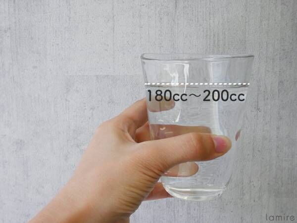 """アクアソムリエ直伝!実は美容に効果のある""""水""""の飲み方&選び方とは"""