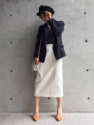 テーラードジャケットと白スカートの春コーデ