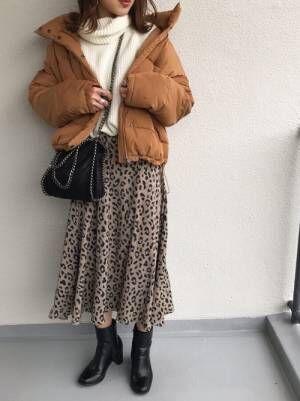 ブラウンダウンにレオパードスカート