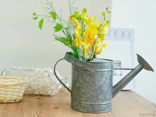 """あえての花瓶以外にきゅん♡ちょっと意外な""""お花""""の飾り方5パターン"""