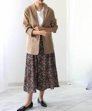 花柄スカートのコーデ
