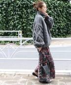 華やぎを速攻チャージ!冬に履く花柄スカートがおしゃれなんです♪