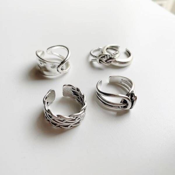 スリーコインズのリング4種類