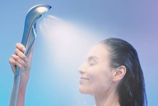 """マスクの""""菌""""もしっかりと洗浄したい! マスクも清潔に保つ「美容シャワーヘッド」が気になります"""