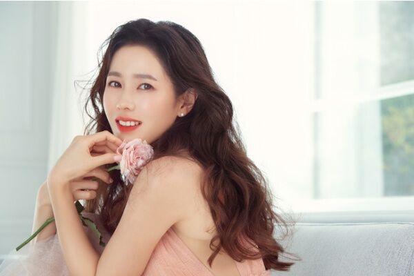 """韓国セレブも通う! ソン・イェジンが専属モデルの""""韓国大人気サロン""""ヘアケアアイテム6つ"""