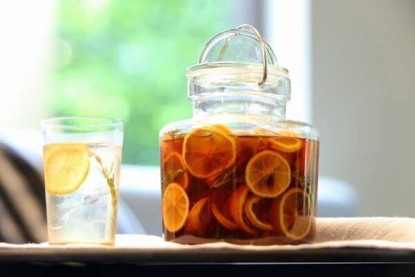 便秘や肌荒れ、ストレスにも! 「発酵フルーツシロップ」の作り方と活用テク