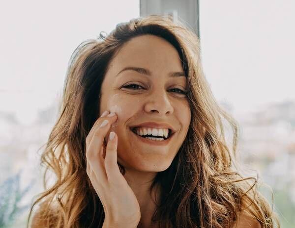 1日1分で差がつく! 美容好き約100人が教える「簡単にツヤ肌になれる」毎日習慣10選