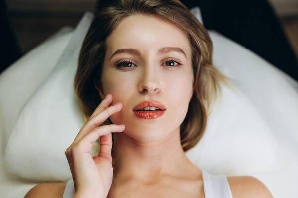寝る前に耳をモミモミ! プロ直伝「自律神経が整い快眠できる」簡単なコツ6つ